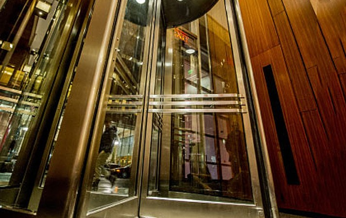 portfolio-rotating-door