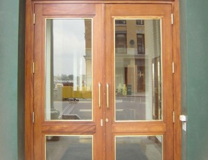 portfolio-wooddoors
